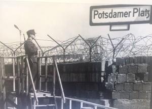 Potsdamer Platz, Posto de vigia da polícia de Berlim Oeste, Setembro de 1964