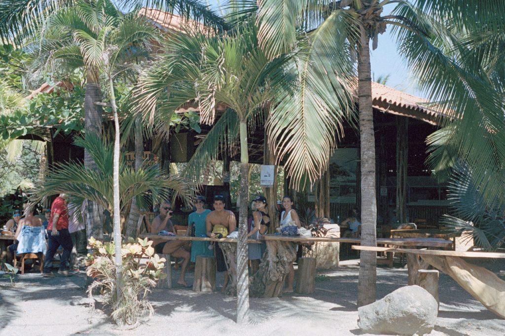 Tiki Hut bar na Playa Marbella, Tamarindo, Costa Rica