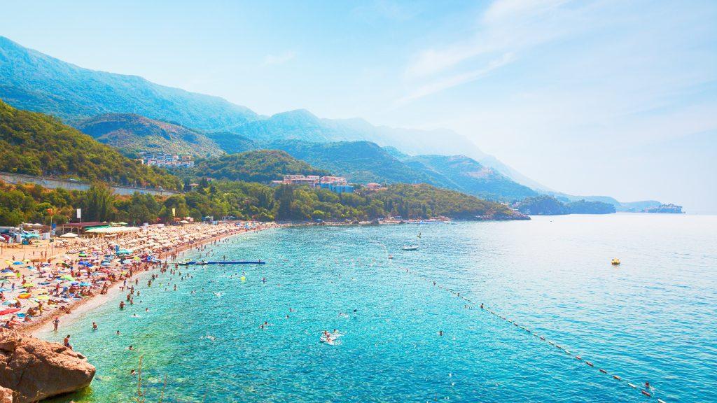 Praia Kamenovo  em Montenegro