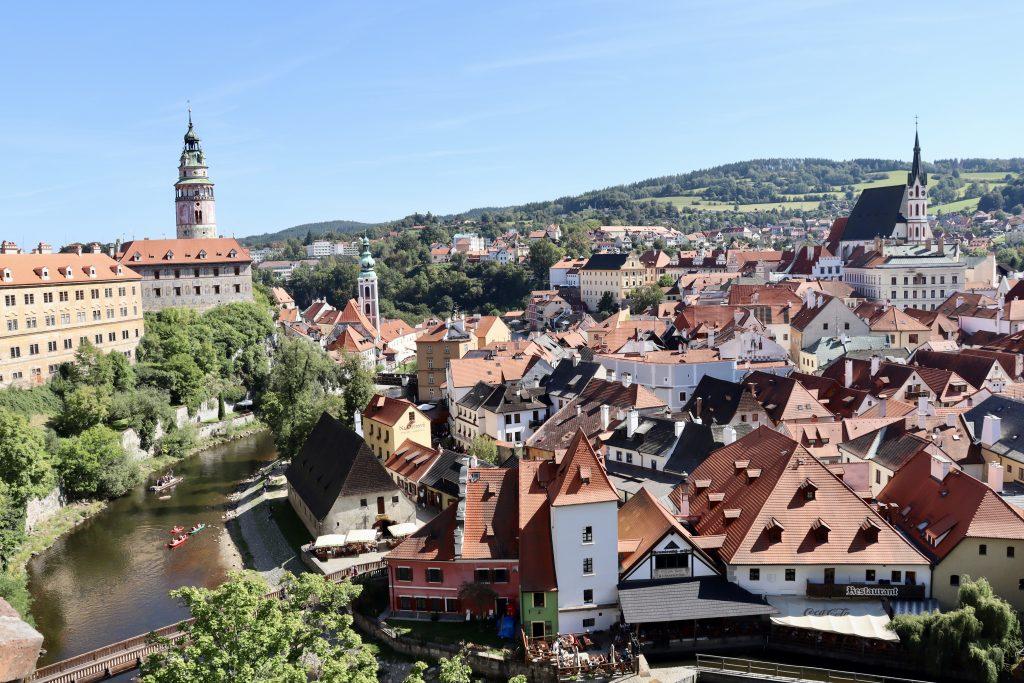 Centro histórico de Cesky Krumlov, vista do castelo. República Tcheca